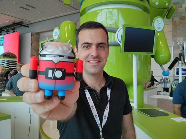 谷歌Android产品管理副总裁胡戈·巴拉(Hugo Barra)